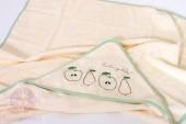 """Полотенце с капюшоном """"FRUIT"""", р-р: 100х100см, экрю/зеленый"""